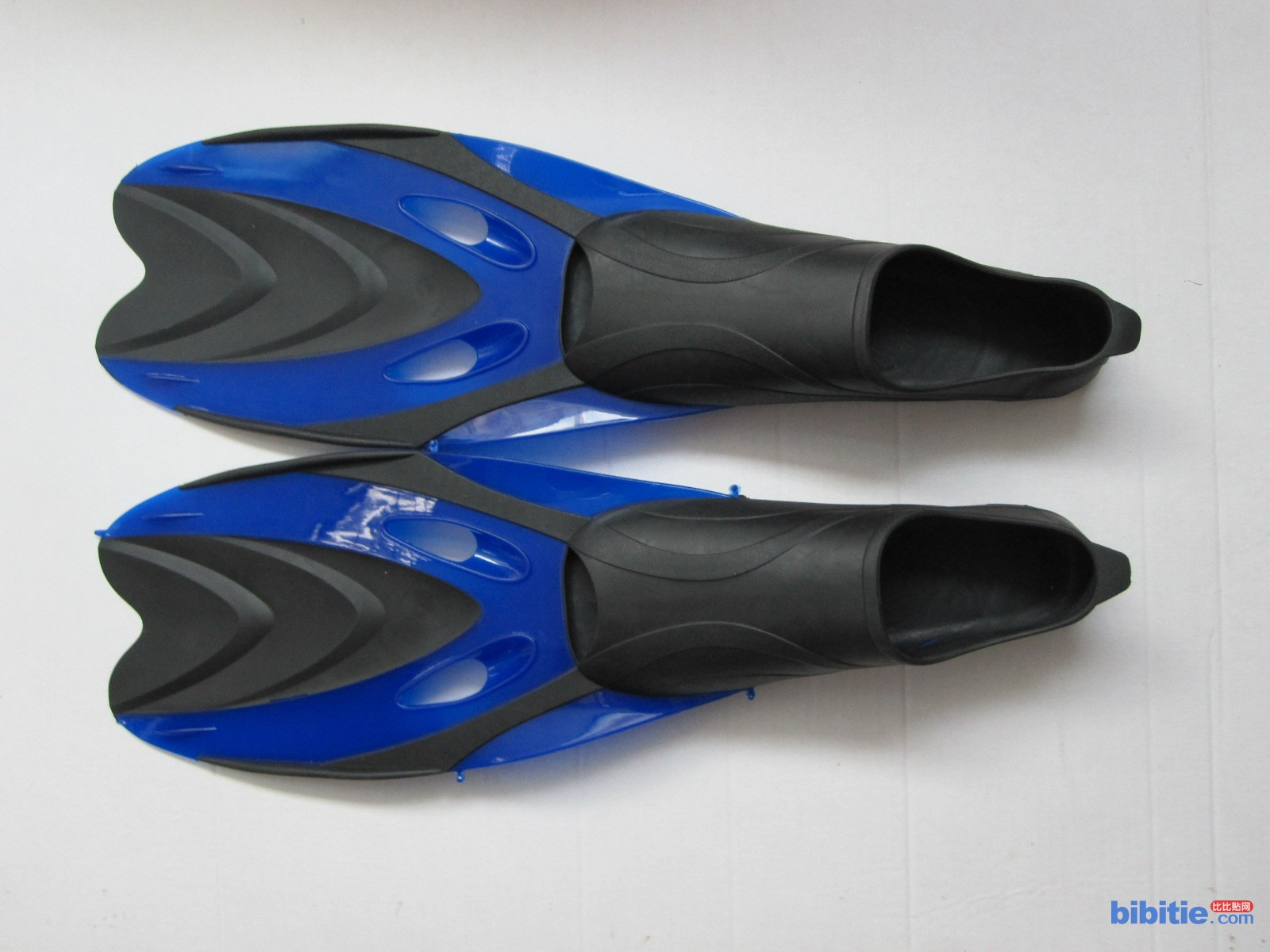 厂家热销厂家批发优质硅胶潜水用脚蹼 潜水镜 呼吸管图片