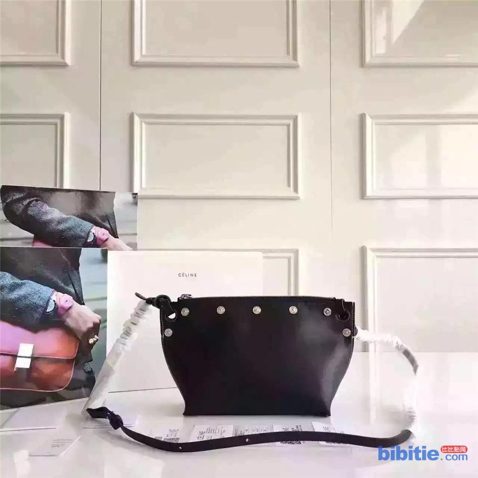 Celine赛琳 简约 水饺包 单肩斜跨背包图片