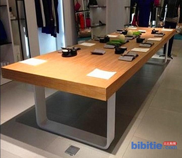 北欧风复古铁艺实木餐桌家用咖啡店长方形饭店咖啡厅餐桌椅办公桌图片