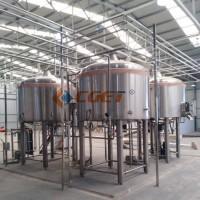 啤酒厂啤酒酿造设备图片