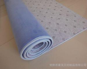 厂家供应白色彩色防滑滴塑滴塑涤纶针刺无纺布不织布防滑坐垫脚垫防滑地毯止滑布图片