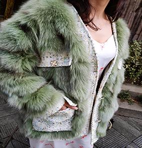 品牌库存女装分销女款狐狸毛外套丹麦狐狸毛整皮外套一件可售图片