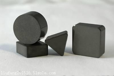 pcbn刀具 CBN刀具 轧辊加工 刹车盘加工图片