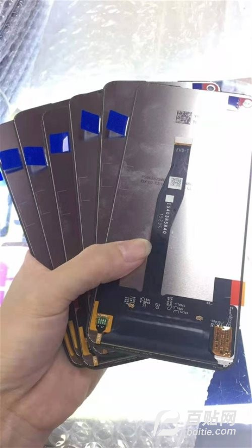 专业回收工厂库存液晶屏图片